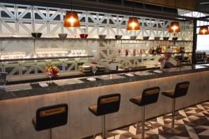 10 Bar - Qantas Lounge, Hong Kong