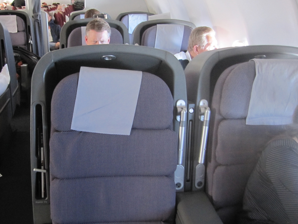 Fancy trying out the 787 using your Qantas points