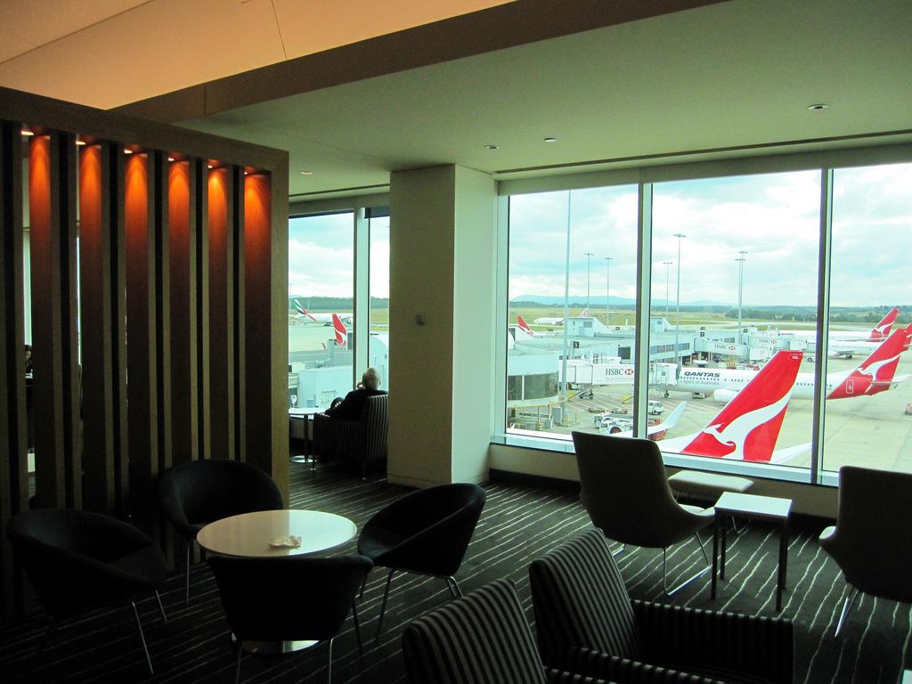Melbourne Sydney - Qantas Domestic QF444 Review