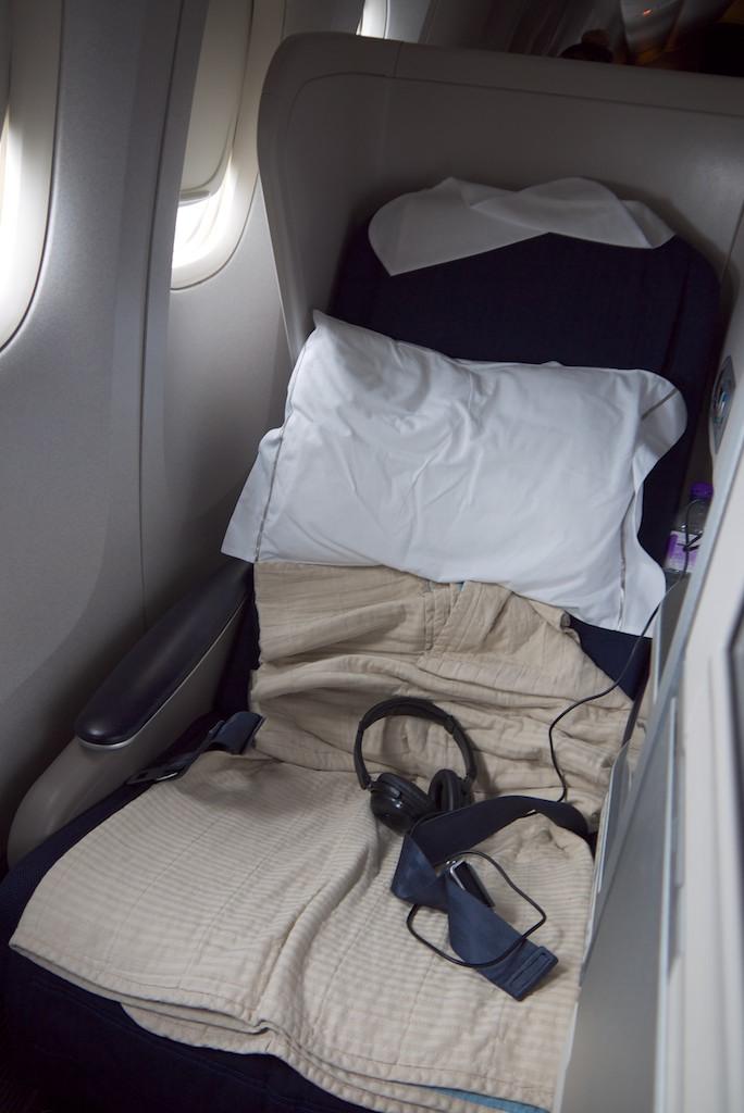10 Seat 16A - British Airways Club World - BA15 - London to Sydney