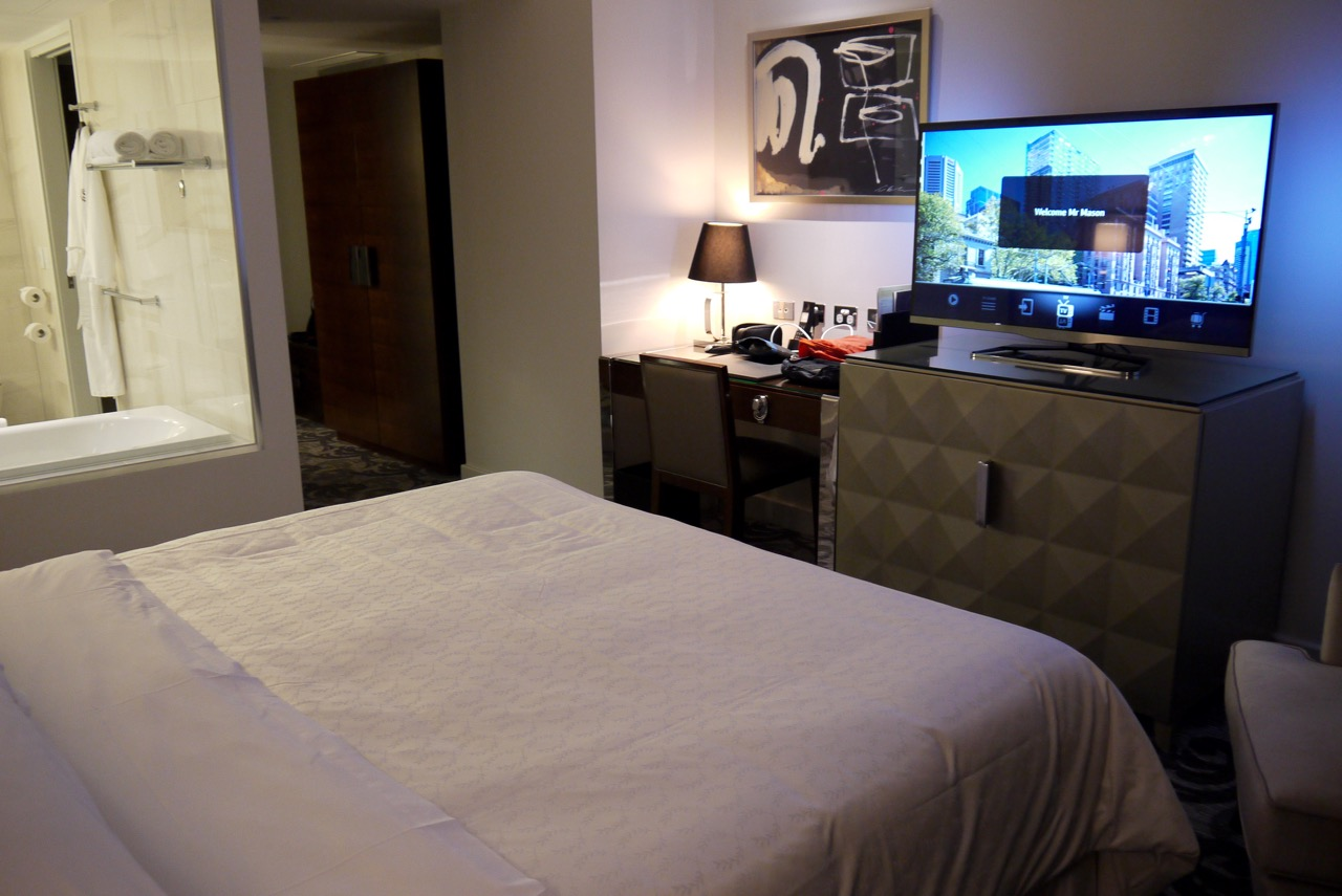 Sheraton Melbourne King Room (2) | Point Hacks