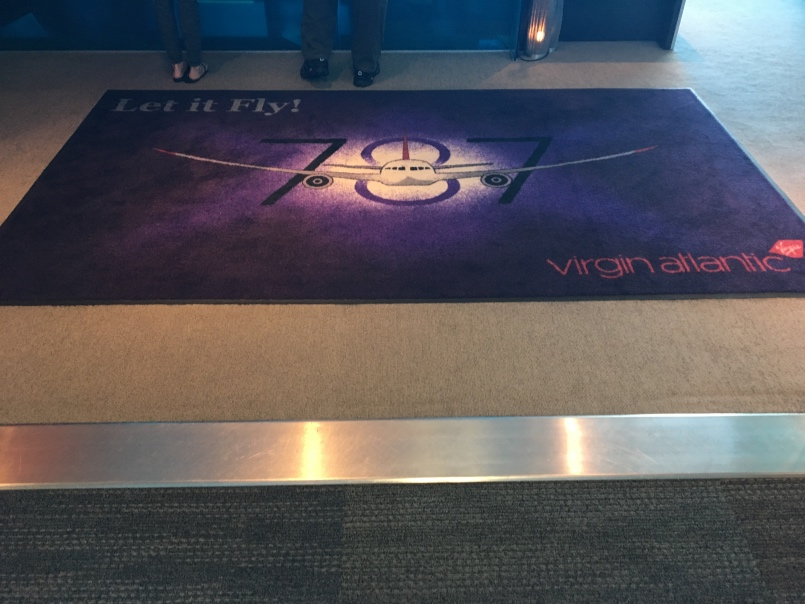 virgin-atlantic-clubhouse-sfo-entrance-4