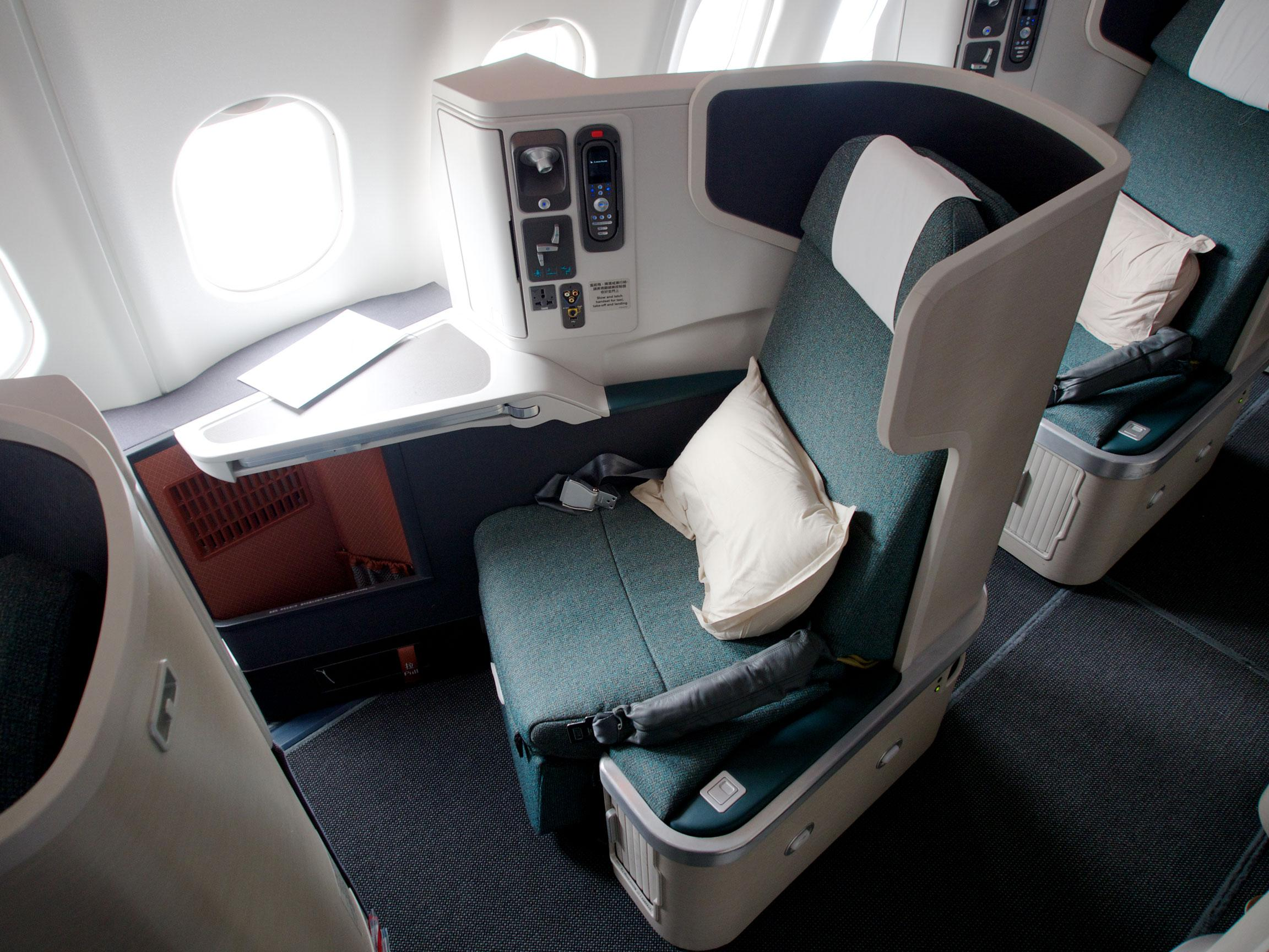 Cathay Pacific long-haul A330-330 Business Class