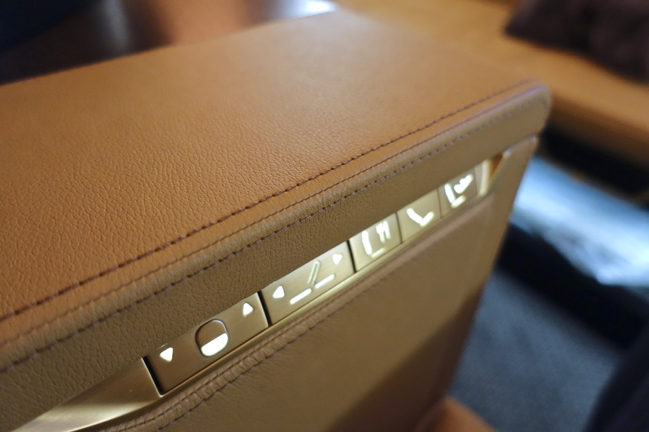 Etihad A380 First Class Apartment seat controller