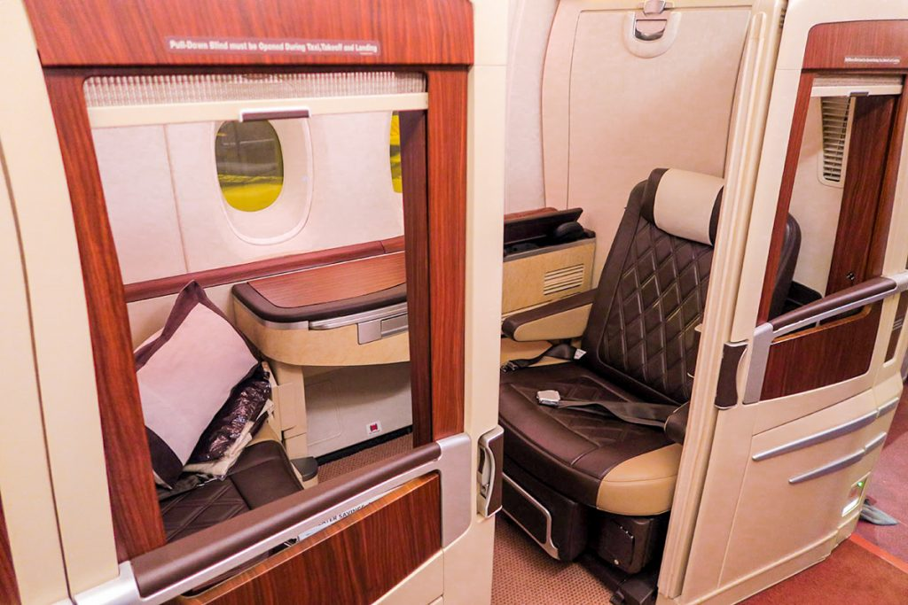 Singapore Airlines A380 (old) Suites Class seat