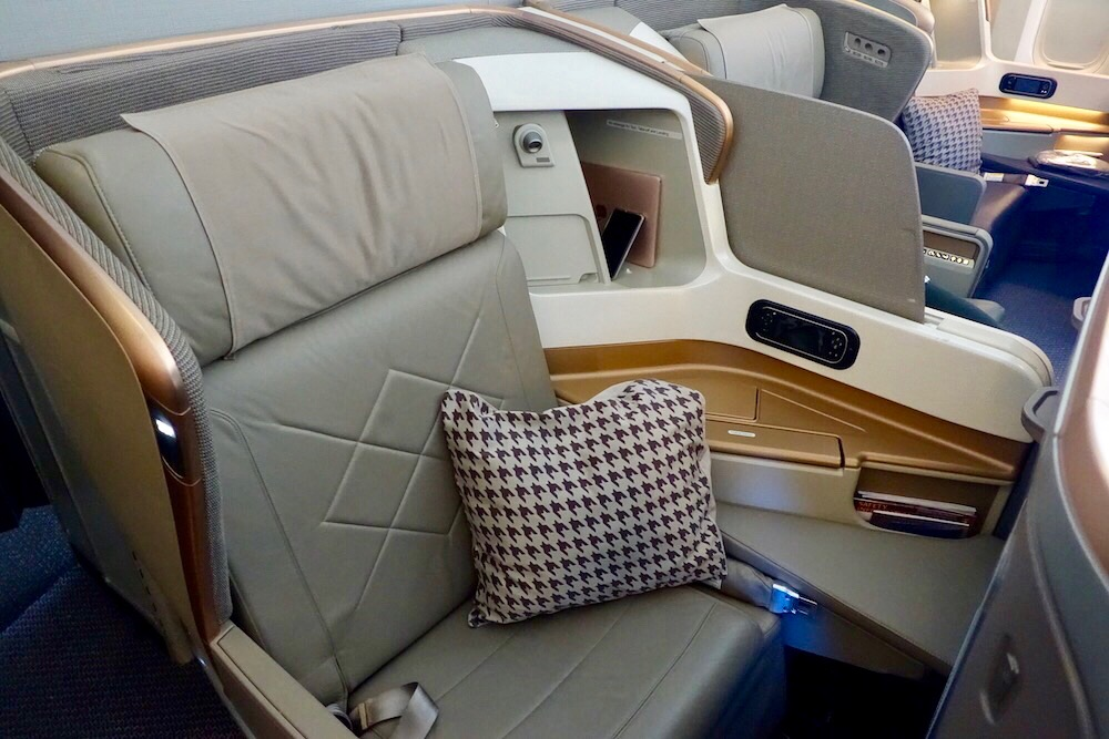 Singapore Airlines 777-300er Business Class | Point Hacks