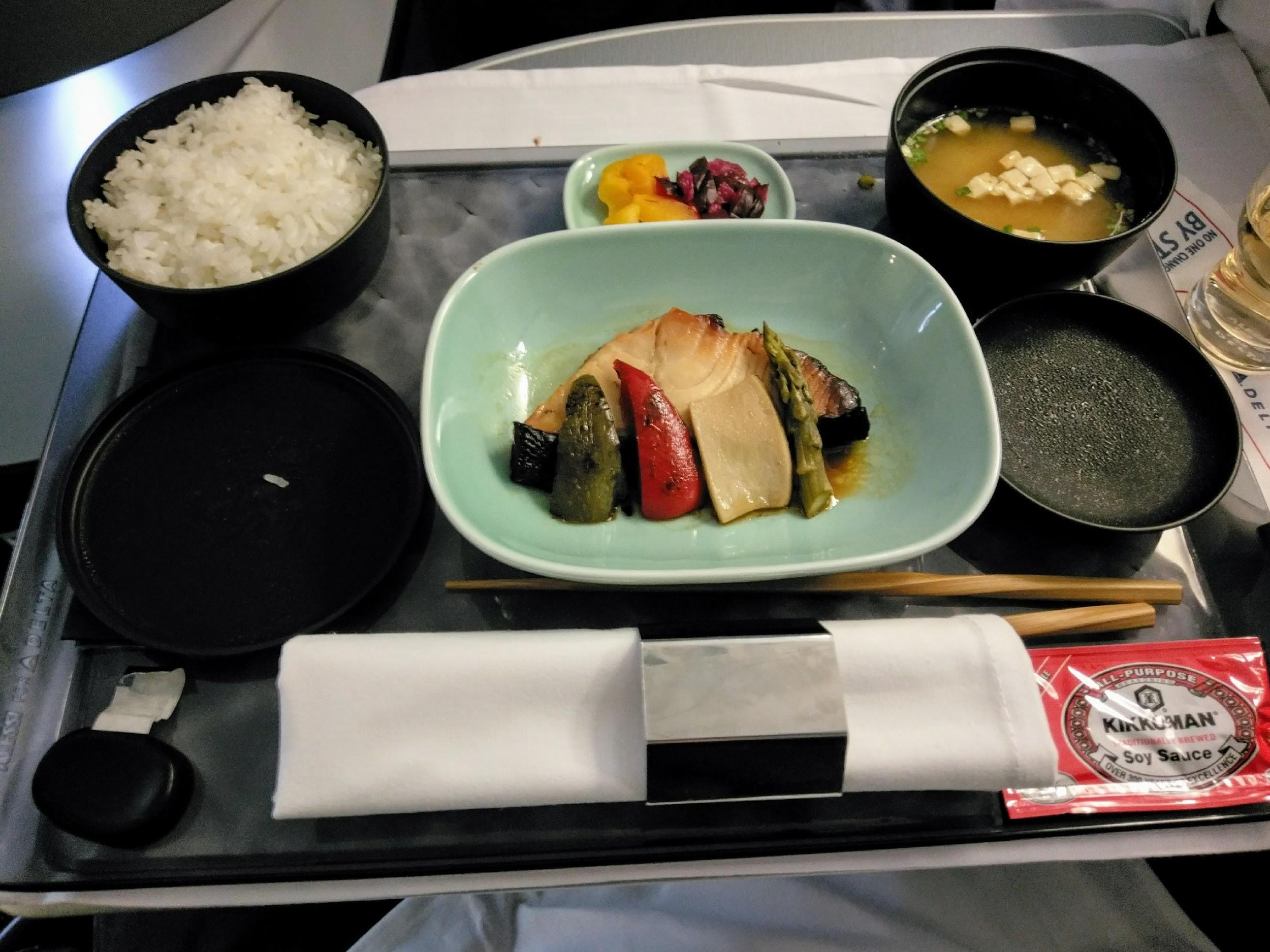 Delta 747 Business Class food