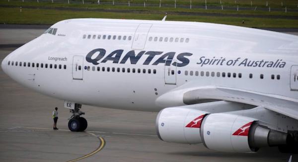 Qantas 747 plane