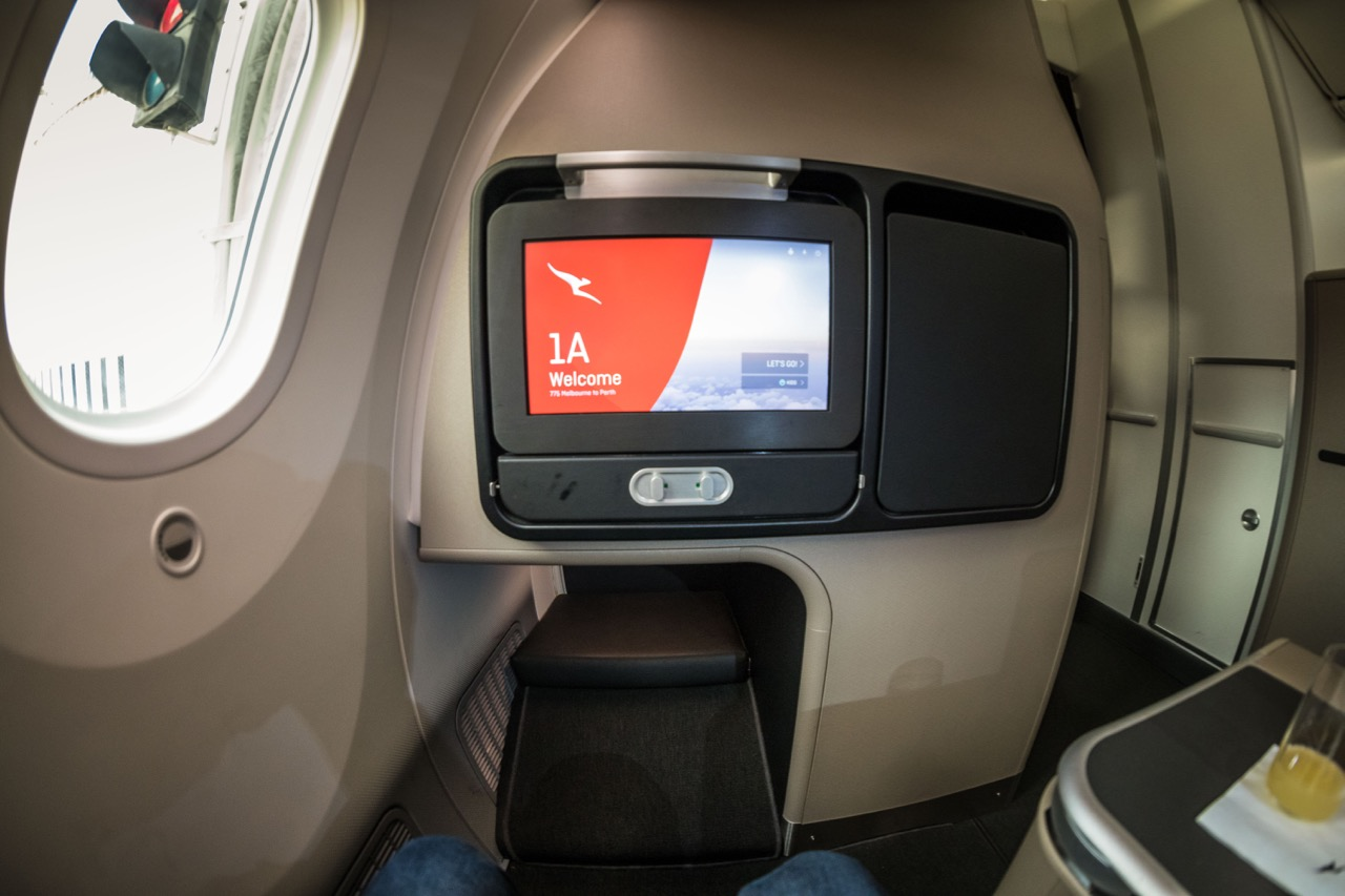 Qantas Boeing 787 Business Class touchscreen