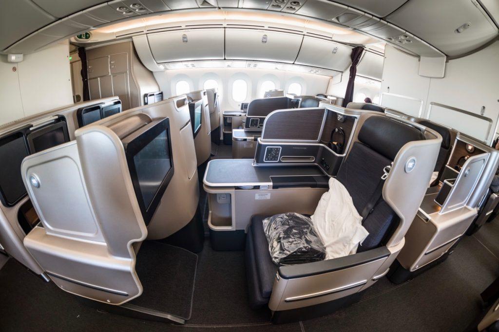 Qantas 787 Business Class cabin