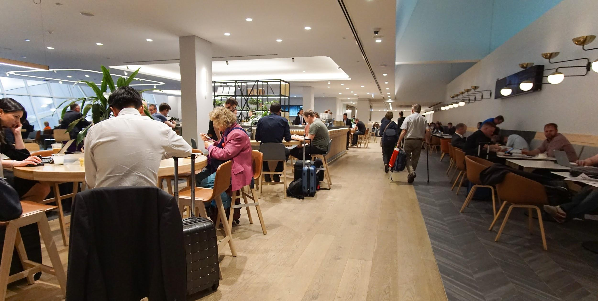 Qantas Club Lounge Melbourne