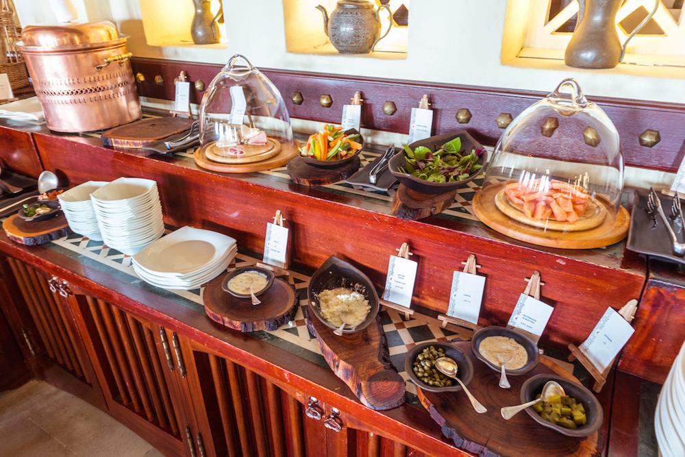 Al Maha, a Luxury Collection Desert Resort & Spa Al Diwaan restaurant buffet