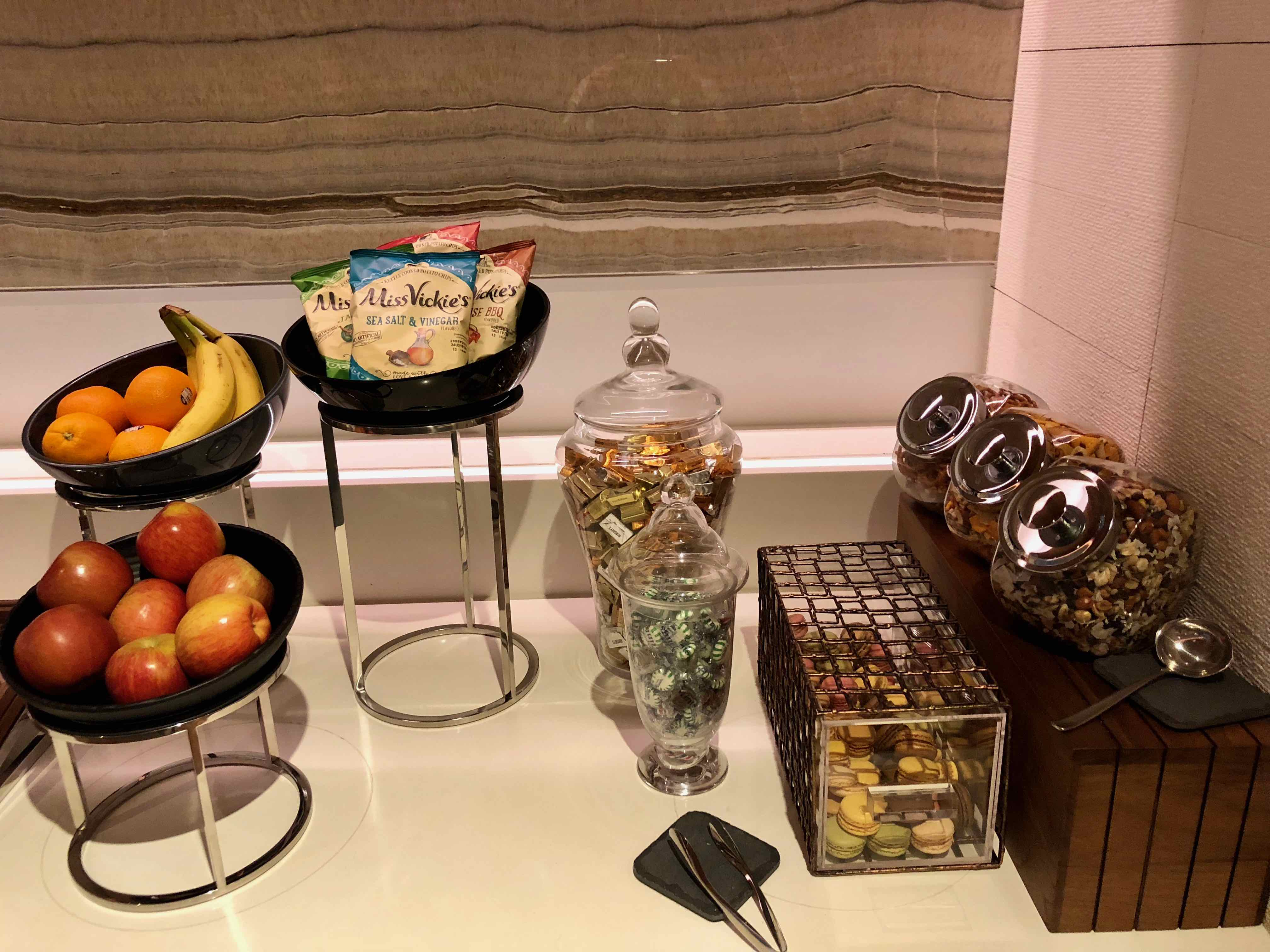 Star Alliance First Class LAX Lounge buffet food