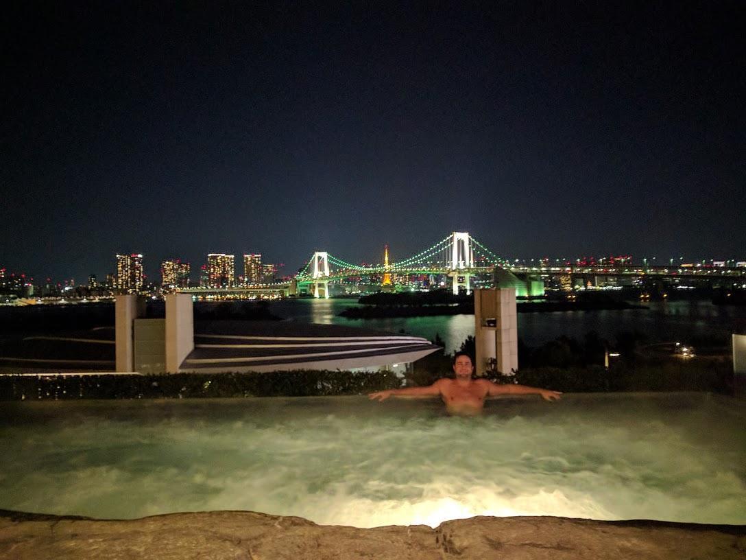 Hilton Tokyo Bay Outdoor Jacuzzi