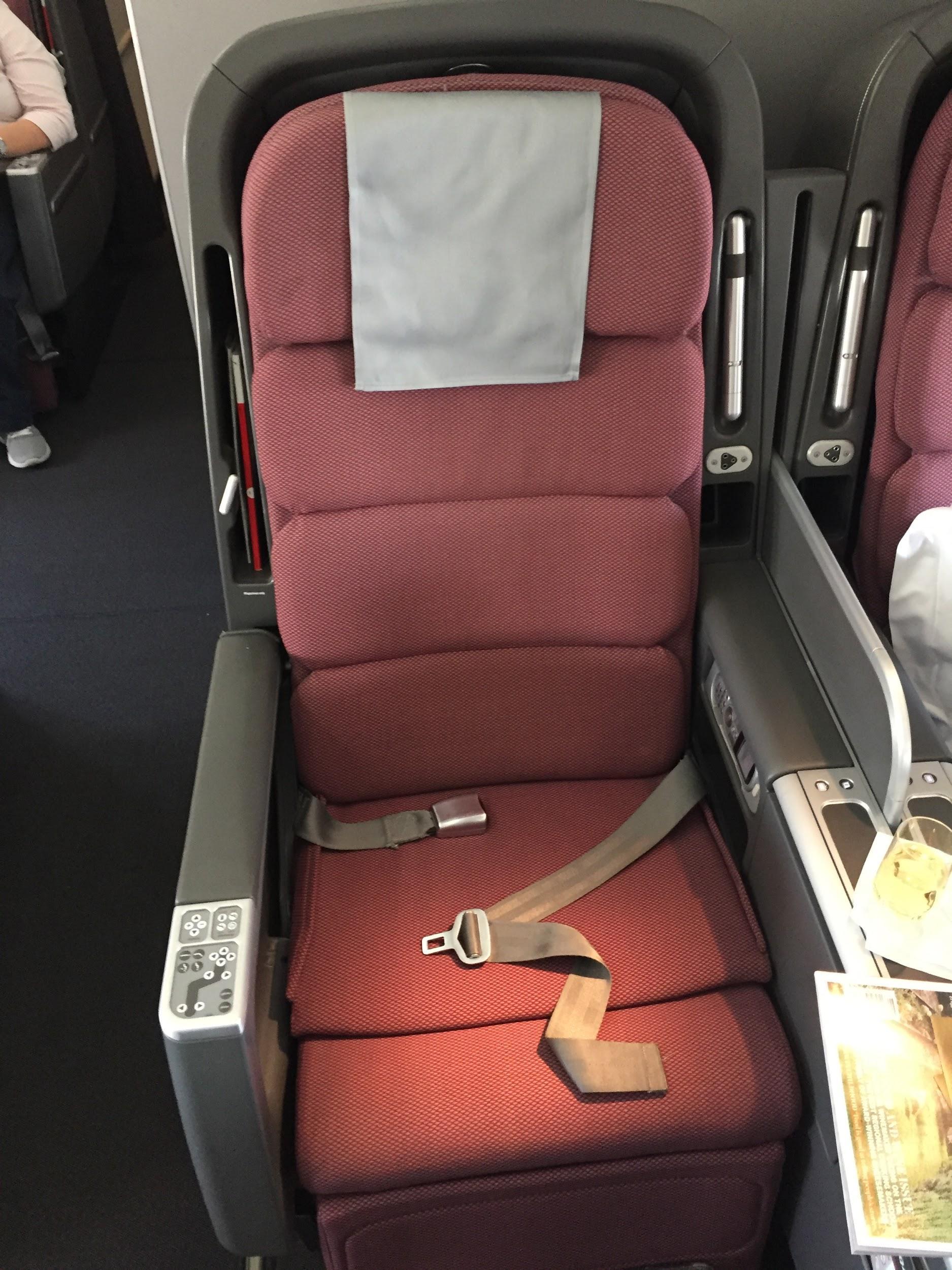 Qantas 474 Business Class