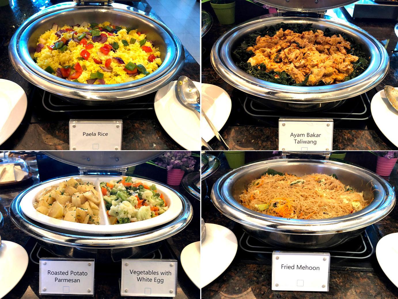 Plaza Premium Saphire Lounge Jakarta hot food