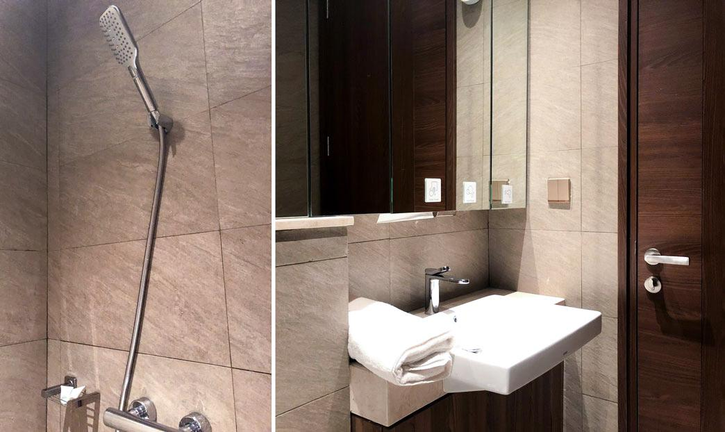 Plaza Premium Saphire Lounge Jakarta bathroom