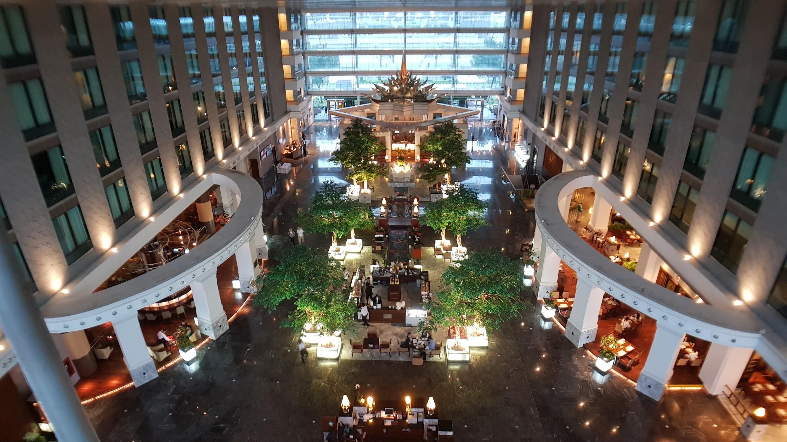 Novotel Bangkok Suvarnabhumi Airport atrium lobby
