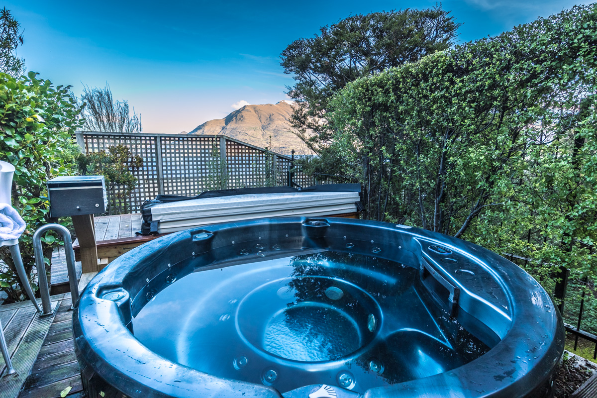 St. Moritz Queenstown outdoor heated jacuzzi