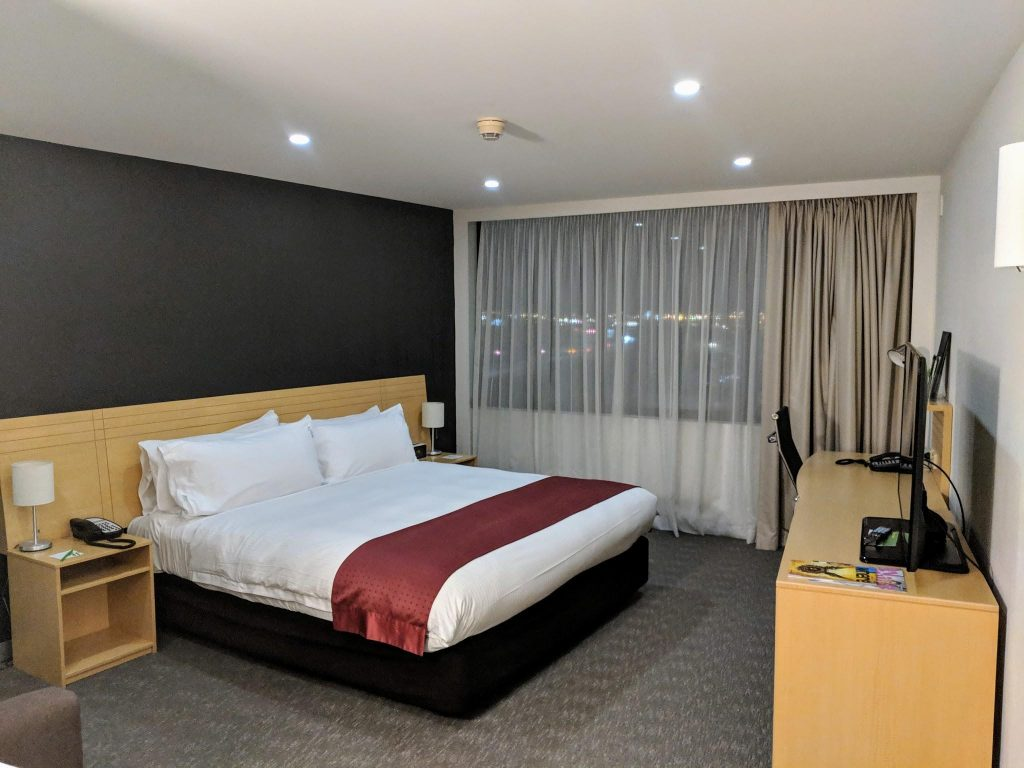 Holiday Inn Airport Melbourne review - King Executive | Point Hacks
