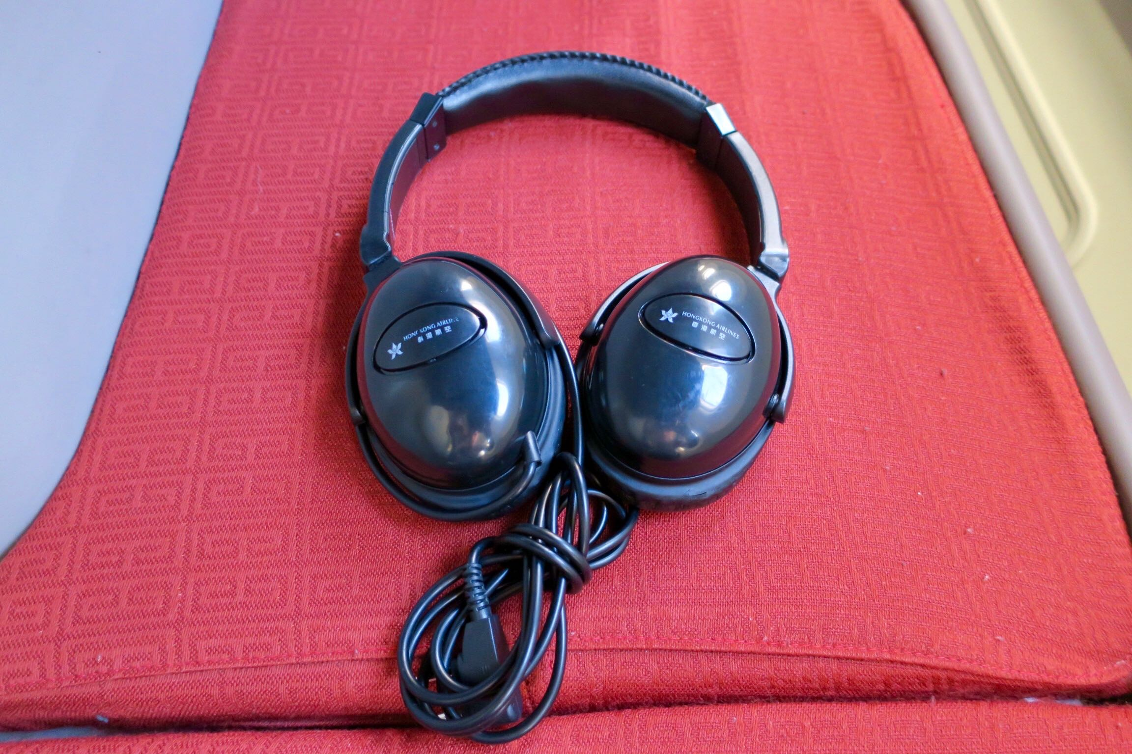 Hong Kong Airlines headphones