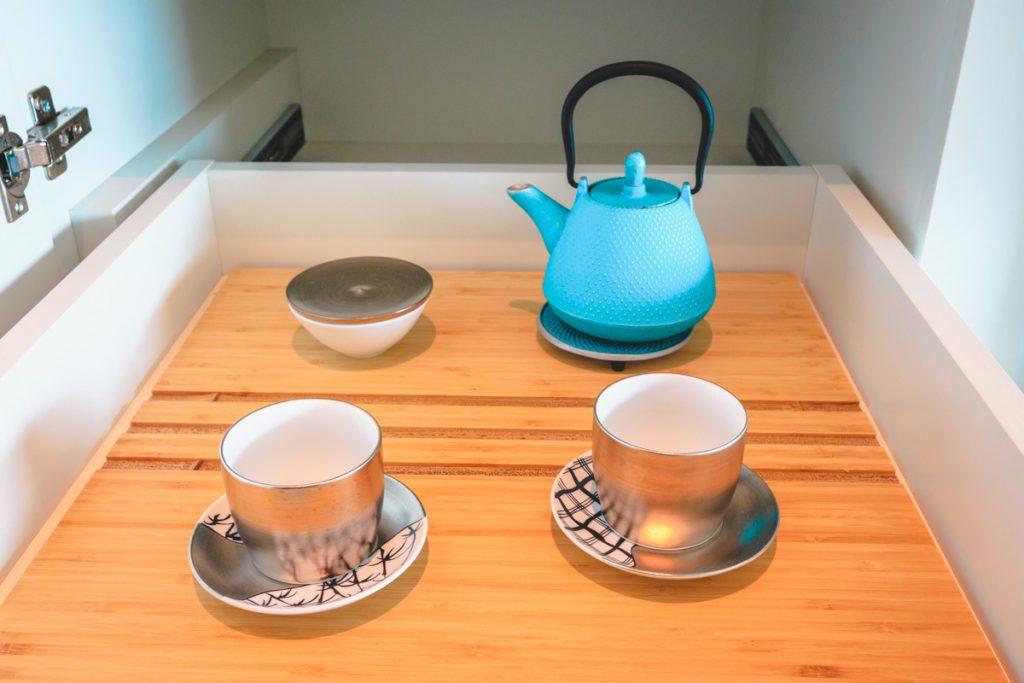 The Prince Gallery Kioicho Tokyo deluxe room tea