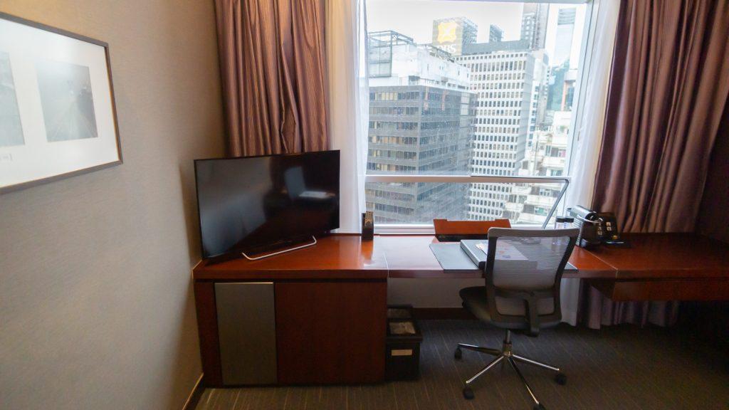 Novotel Century Hong Kong Executive Premier Room desk