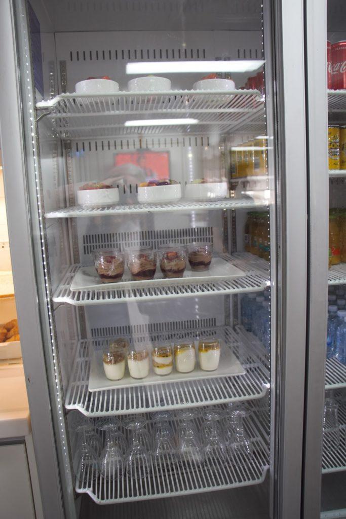 21 Qantas Lounge Mackay cold desserts