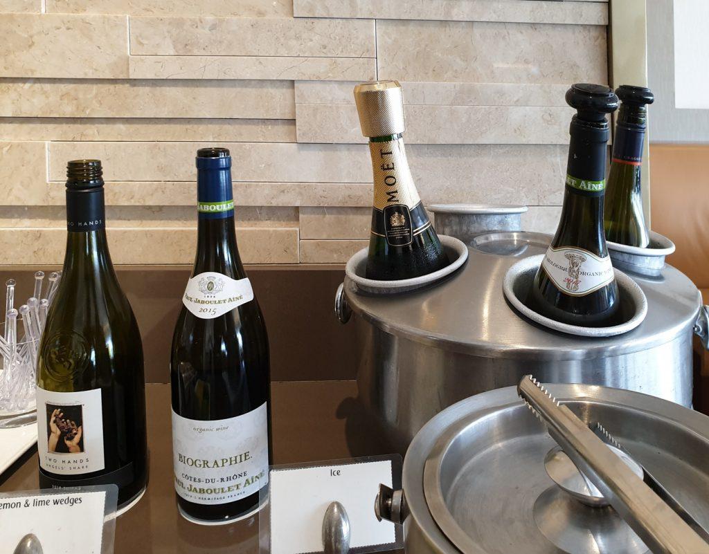 Emirates Lounge Singapore drinks
