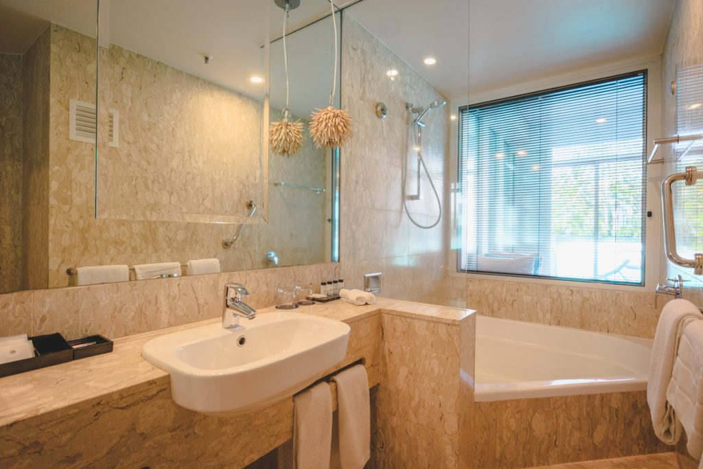 Sheraton Grand Port Douglas bathroom