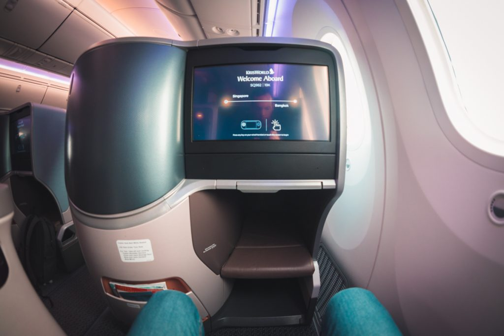 Singapore Airlines 787-10 Business Class - 19K seat