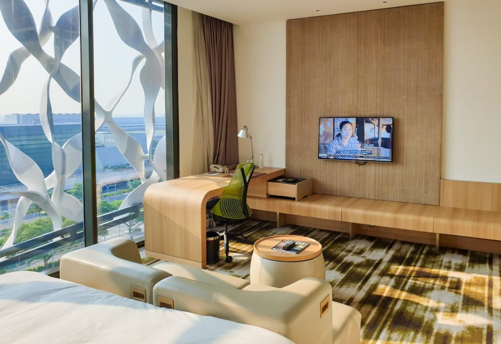 Crowne Plaza Changi Airport Premier Room